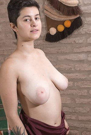 Free Short Hair Teen Porn Pictures